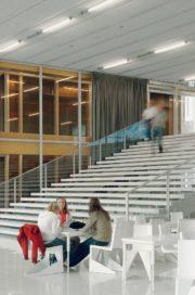 Interieur Sportcampus Leidsche Rijn in Utrecht door Wiel Arets Architects