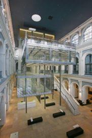 Kamer van Koophandel in Hamburg door Behnisch Architekten
