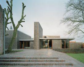Dorpshuis Jonkershove en dorpskernvernieuwing in Houthulst door Rapp + Rapp