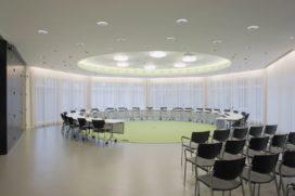 Interieur stadsdeelkantoor De Baarsjes in Amsterdam door NwA architecten