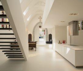 Woning in kapel in Utrecht door Zecc Architecten