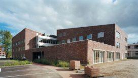 Verpleeghuis Bruggerbosch in Enschede door Jorisssen Simonetti architecten