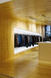 Winkel Filippa K in Den Haag door Aaro arkitektkontor