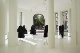 Winkel Yohji Yamamoto in Antwerpen door Wim Goes Architectuur
