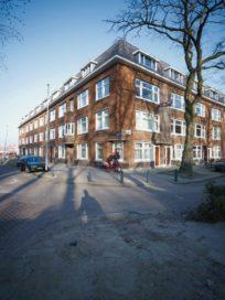 Wallisblok in Rotterdam door Hulshof Architecten en De Dichterlijke Vrijheid