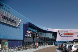 Retailpark Betty Blue in Roermond door NIO architecten