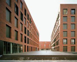 Piazza Céramique in Maastricht door Jo Janssen Architecten en Prof. ir. Wim van den Bergh Architect