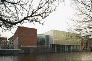 Zwembad in Amsterdam door Mecanoo architecten