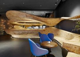 Vloeiende houten vormen
