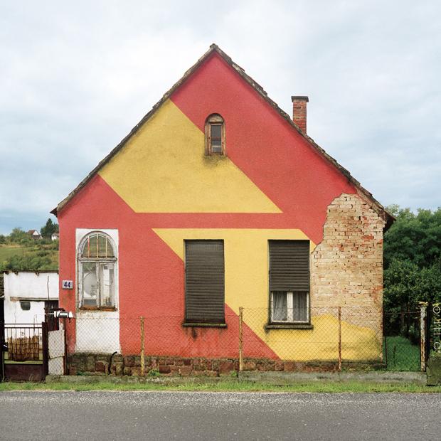 Blog Jeroen Apers _ Subversive Ornaments in Socialism