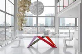 Stoel Blues en tafel Big Table van Bonaldo