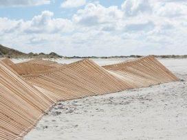 Sculpturaal Duinkarkas vormt basis voor nieuwe duin op Vlieland
