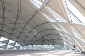 CET gebouw overgedragen aan Boedapest