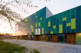 Duurzame en gezonde brede school Het Dok door Paul de Ruiter