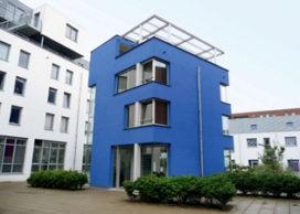 Het Blauwe Huis sluit deuren