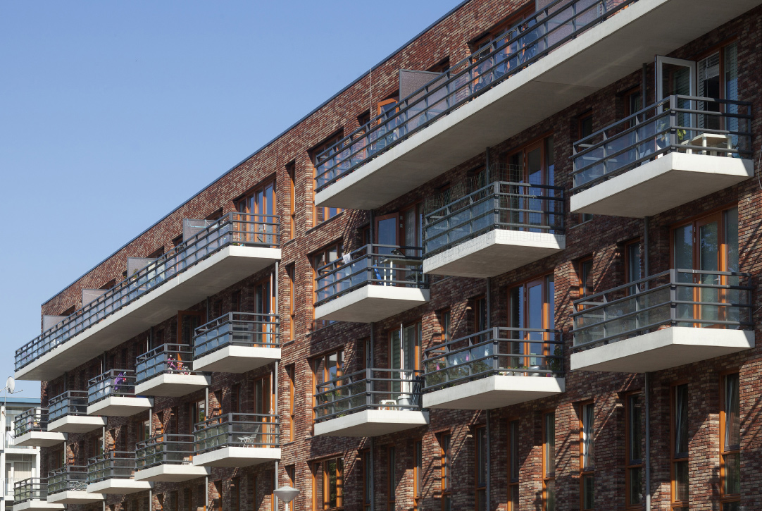 Woningbouw De Punt Amsterdam West door Boparai Architecten opgeleverd
