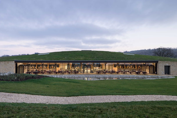 Gloucester Services wint RIBA Client of the Year 2016