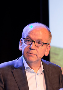 Harm Tilman, hoofdredacteur de Architect