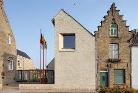 Nominatie ARC13 Architectuur – Stadhuis Lo Reninge