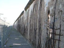 Berlijnse Muur weer even terug