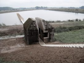 Bunker 599 op de Diefdijklinie vlakbij de A2 door Rietveld Landscape   Atelier de Lyon
