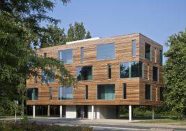 Kantoorgebouw in Eindhoven door WillemsenU