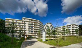 Woonzorgcomplex Nieuw Overbos door Drost + van Veen Architecten / van Veen architecten