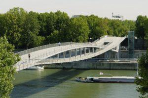 Voetgangersbrug Simone de Beauvoir in Parijs door Feichtinger Architectes