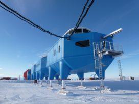 Onderzoekscentrum Halley VI op Antarctica