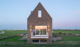 Modern dijkhuis in Moerkapelle door Personal Architecture