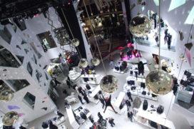 H&M opent haar grootste winkel ooit