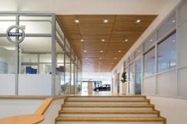 Karakteristieke Gewelfde Plafonds : Massief houten plafonds u2013 vernieuwing volvo showrooms de architect