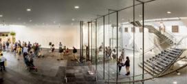 Uitnodigende entreeoplossingen voor musea