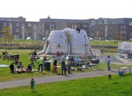Opening Zandzakkenpaviljoen in Cascadepark Almere