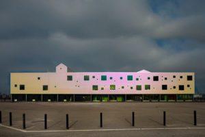 Brede school op de Kop van Java door NAT Architecten