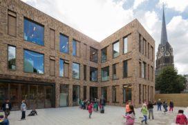 Opening Nieuwe Park Rozenburgschool in Rotterdam