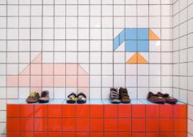 Schoenenwinkel Camper in Londen door Tomás Alonso