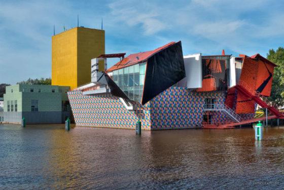 Groninger Museum viert 25 jaar in iconisch gebouw