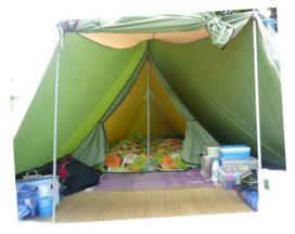 Architectuur op het tentenveldje
