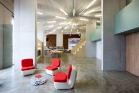 Kantoor PostPanic in Amsterdam door Maurice Mentjens Design