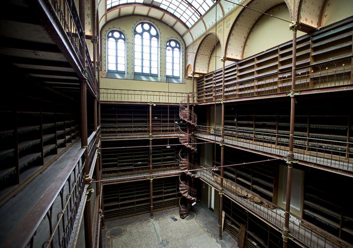 Slechts één aannemer in onderhandeling over hoofdgebouw Rijksmuseum