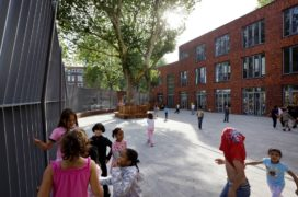 Brede school in rotterdam door de zwarte hond de architect