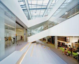 Corlaer College in Nijkerk door Broekbakema