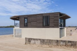 Strandwacht Nesselande door UArchitects