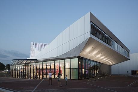 De Stoep in Spijkenisse door UNStudio