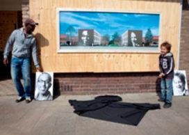 Portretten buurtbewoners op kopgevels