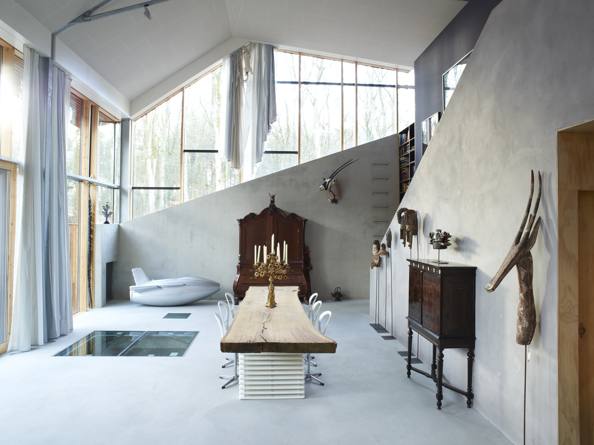 Dutch Mountain Woning : Dutch mountain wordt als kunstwerk en woning verkocht de architect