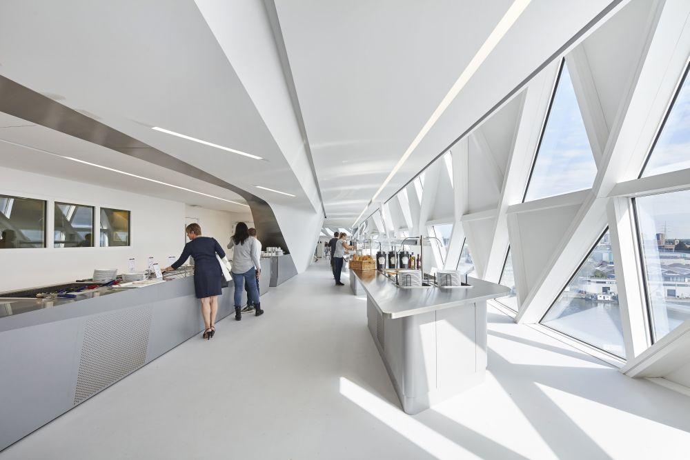Havenhuis Antwerpen – Zaha Hadid Architects - De Architect