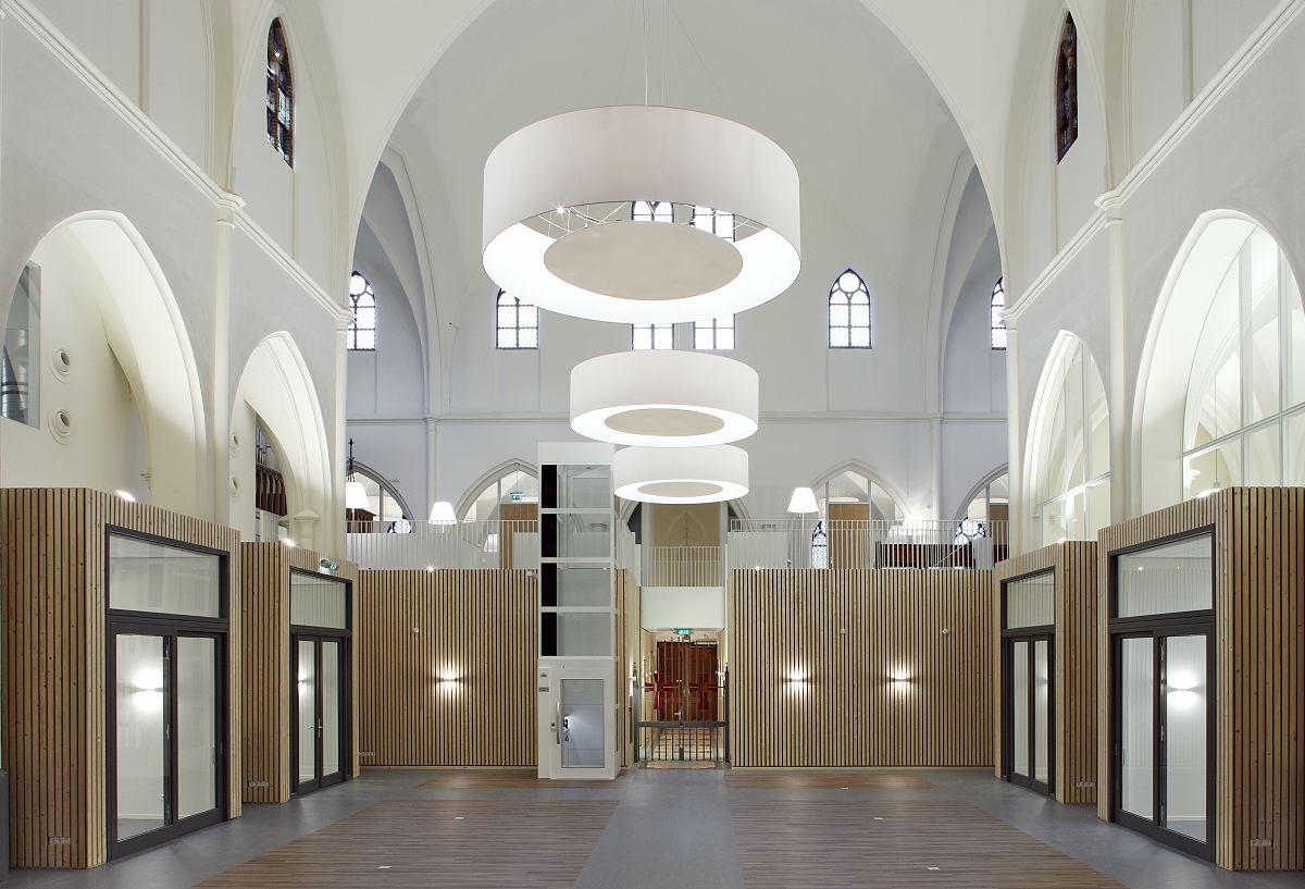 Herbestemming st gertrudis van nijvelkerk heerle de for Dujardin saint cloud