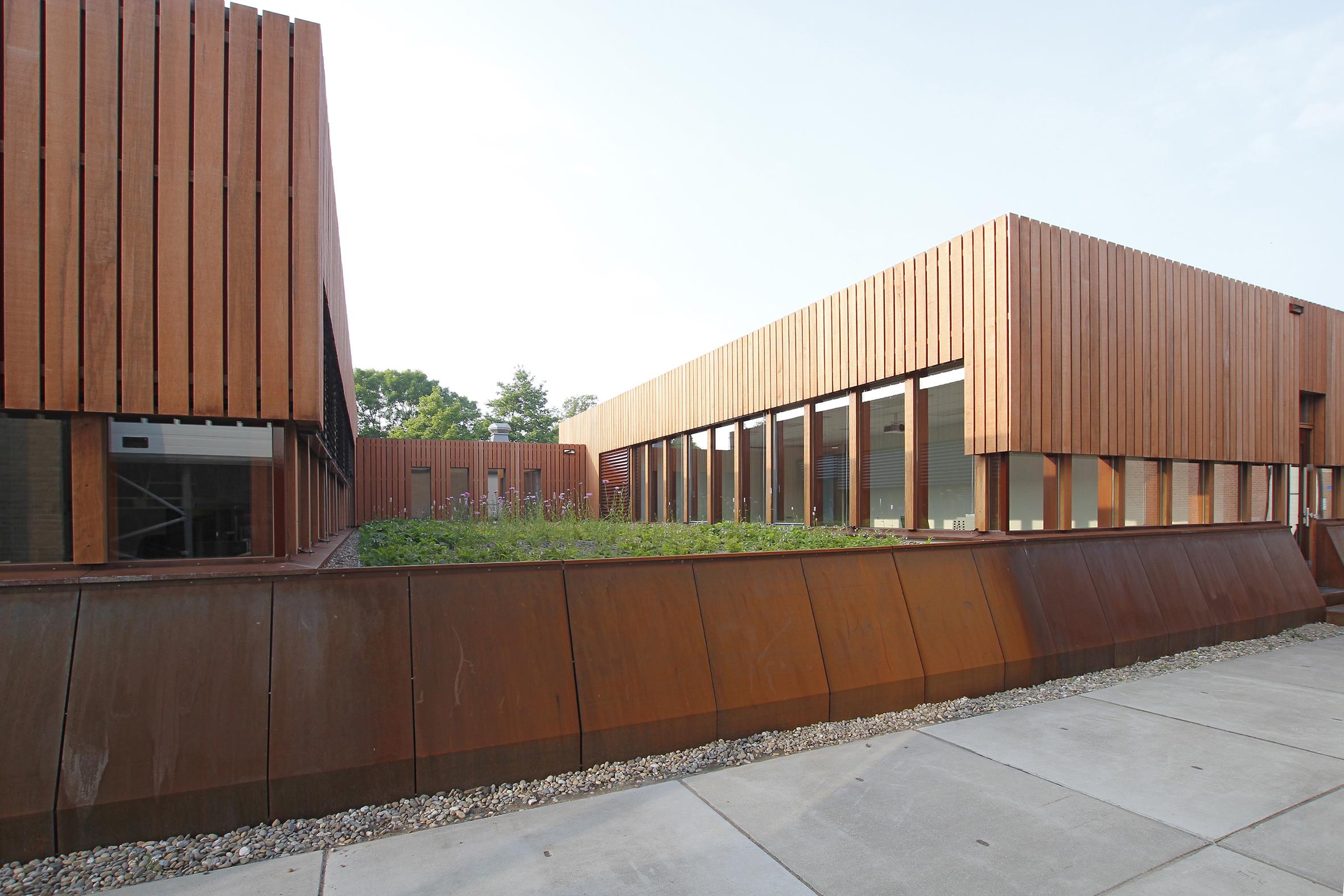 Houten paviljoens als kantooruitbreiding de nijs u2013 levs architecten